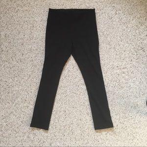 NWOT WHBM slimming leggings. Black, size L.